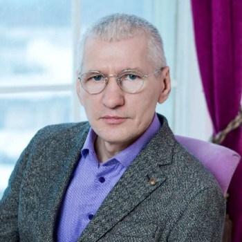 Риэлтор Вячеслав Мухин