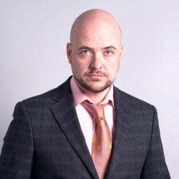 Максим Севостьянов риэлтор